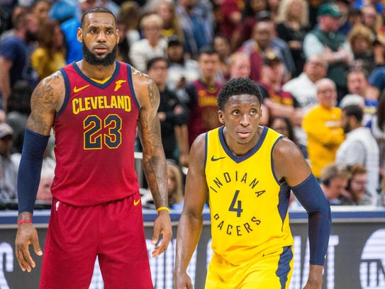 Cleveland Cavaliers forward LeBron James (23) and Indiana