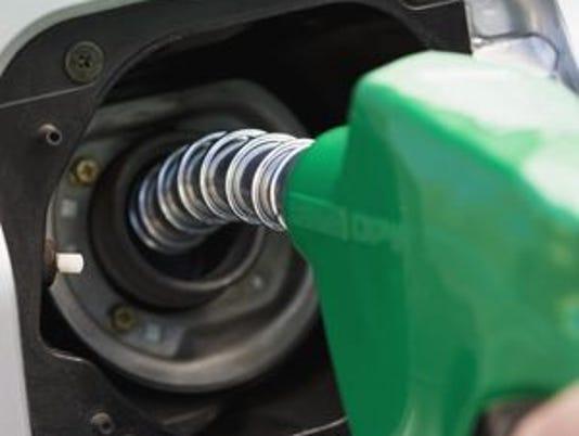 636130053939906671-gas-pump.jpg