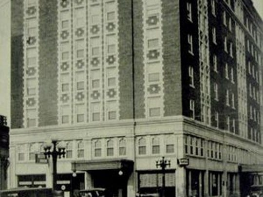 The Retlaw Hotel in Fond du Lac in its early years