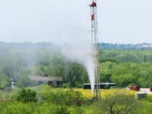 636341595477967755-fracking.jpg