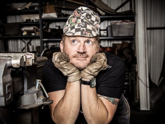 Tim Hawkins will share his witt and humor at Lakeside.