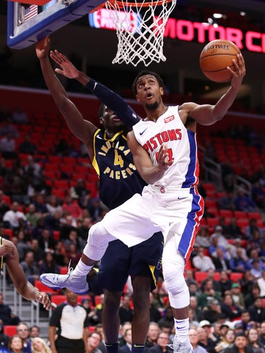 Ish Smith of the Detroit Pistons drives to the basket