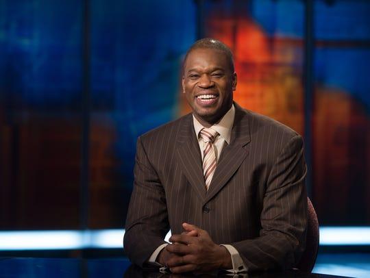 Former Pacer Antonio Davis is now an analyst for ESPN.