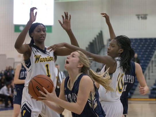 NV/Old Tappan's Jackie Kelly breaks through to the