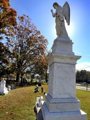 The cenotaph for James D. Richardson at Evergreen Cemetery on Tuesday, Oct. 20, 2015.
