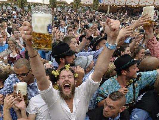 GERMANY-LIFESTYLE-BEER-FESTIVAL-OKTOBERFEST