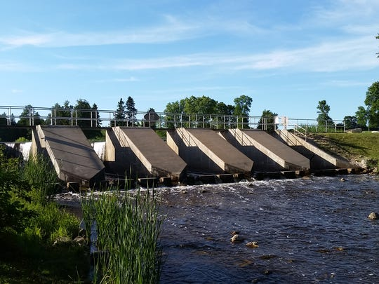 Two Door County committees have sent a recommendation to the County Board that the mill pond at the Forestville dam be drained, then refilled.