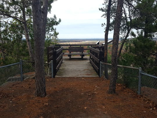 A small observation deck on the top of Mill Bluff provides