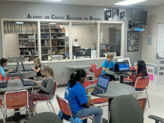 Students in a gifted program at West Navarre Intermediate