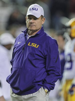 Troy Taormina/USA TODAY Sports The last two times the Michigan job was open, LSU head coach Les Miles came up as a possible candidate. Nov 27, 2014; College Station, TX, USA; LSU Tigers head coach Les Miles before a game against the Texas A&M Aggies at Kyle Field. Mandatory Credit: Troy Taormina-USA TODAY Sports