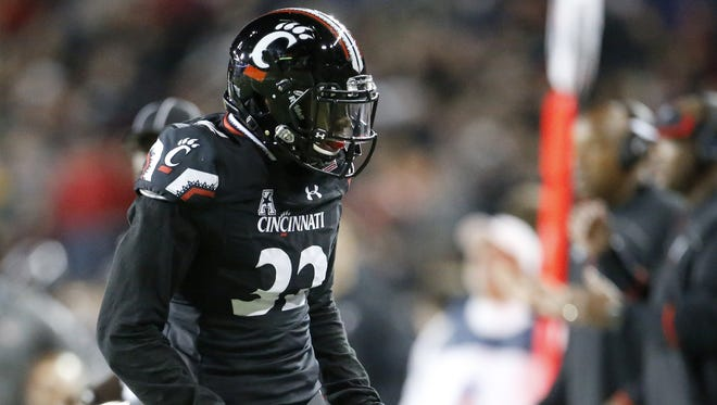 Cincinnati Bearcats linebacker Jaylyin Minor and his teammates will try to bounce back against Marshall this week, after a 42-32 loss at Navy.