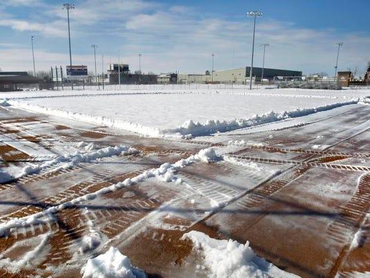 APC Spring Sports Delay 0087 031214wag.jpg
