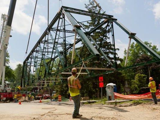 ITH 0702 Forest Home Bridge 001.jpg