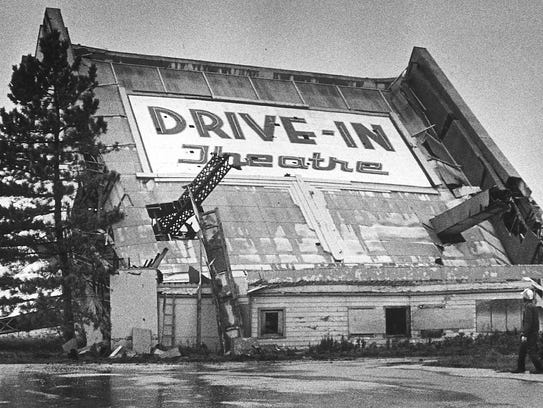 The Bluemound Drive-In Theatre, the first outdoor movie