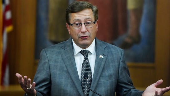 Sioux Falls mayor Mike Huether discusses his decision