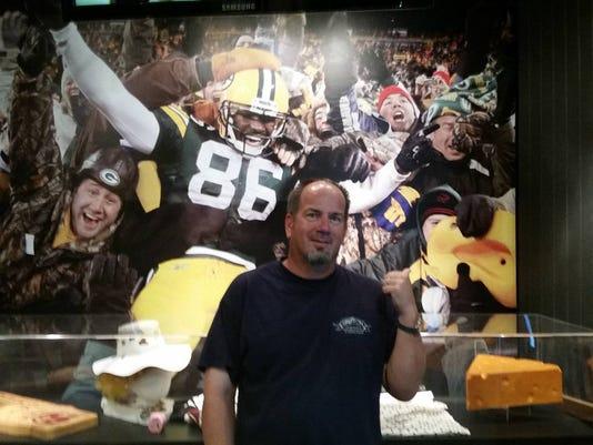 636118750270826168-2016-Doug-NFL-HOF-2-.jpg