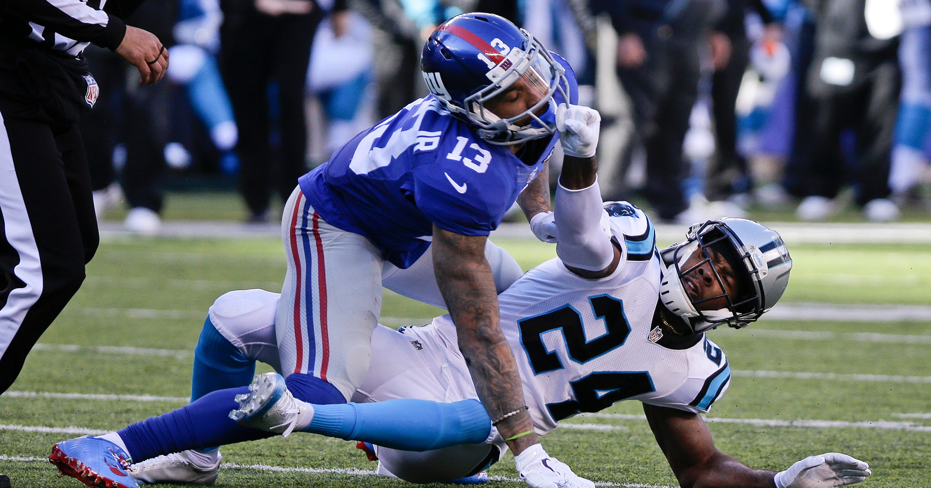 Odell Beckham Jr. loses cool on ugly hit to Josh Norman\'s head