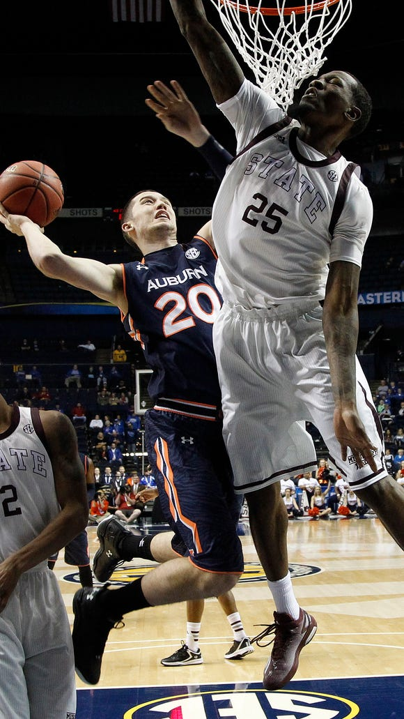 Auburn forward Alex Thompson scored a career-high 16 points against Mississippi State.