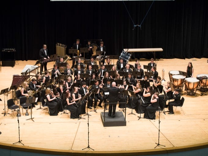 The Ridgeview High School Band competes in the 5A OSAA