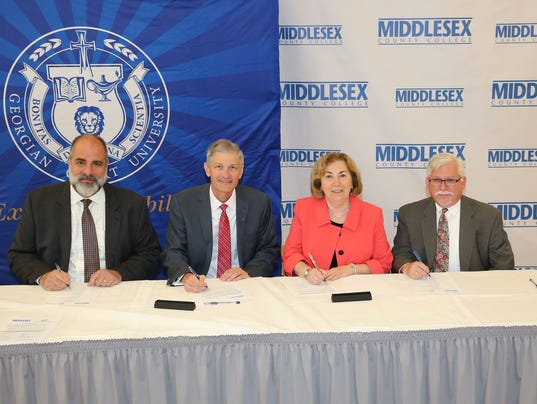 Middlesex Couny College and Georgian Court University sign transfer agreement