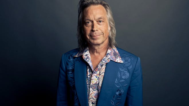 On Sept. 8, Jim Lauderdale will participate in a panel discussion at the Country Music Hall of Fame and Museum about the late Ralph Stanley's musical legacy.