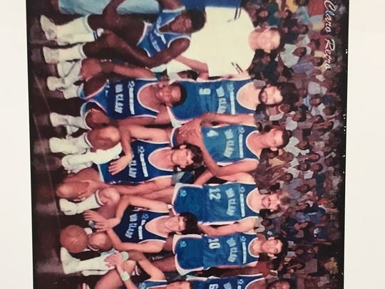 Jon Darsee (front row, third from left) and his Brazil