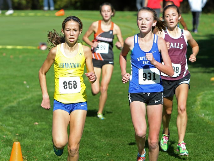 Cross Country D1 Milwaukee King Sectional