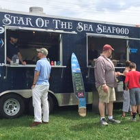 Beautiful weather draws foodies to Chester Food Truck & Music Festival