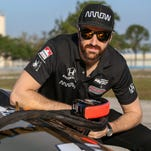 Hinchcliffe: Fellow Canadian Wickens joining SPM about winning, 'not getting buddy a ride'