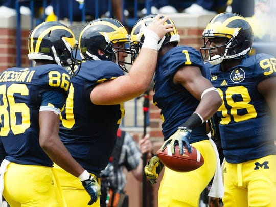 Michigan Wolverines wide receiver Devin Funchess (1)