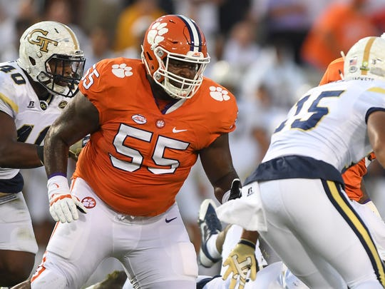 Clemson right guard Tyrone Crowder (55) blocks against Georgia Tech on Sept. 22, 2016.