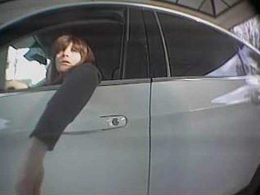 636518037914559837-New-Jersey-State-Police-identity-thief-2.jpg