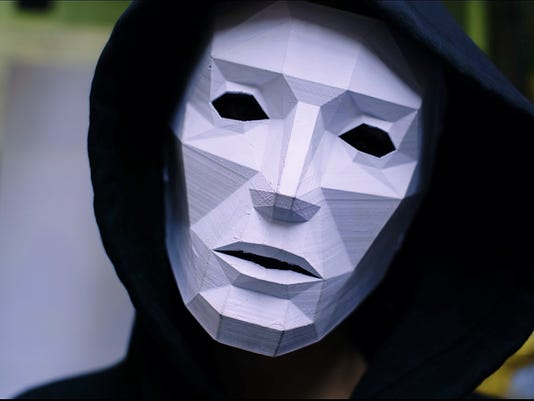 636530078293941169-LM-Mask.jpg