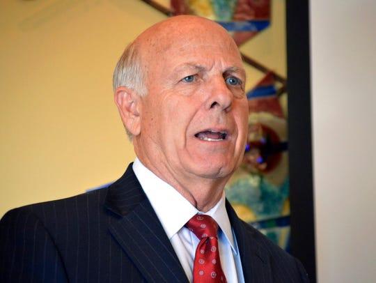 New Mexico GOP gubernatorial hopeful Steve Pearce speaks