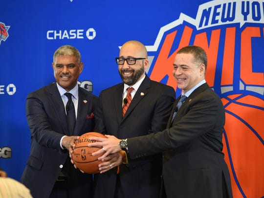 Knicks new head coach David Fizdale (C) is introduced