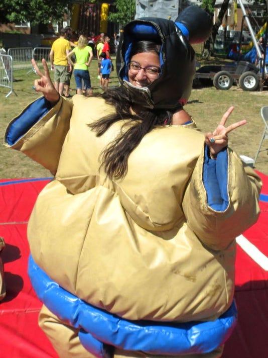 060916-it-sumo.jpg
