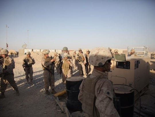 3/7 Marines of Headquarters & Service Company, communications