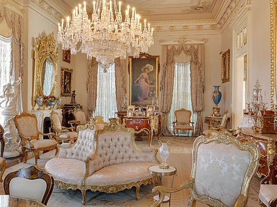 The luxury interior was completely renovated in 2005.