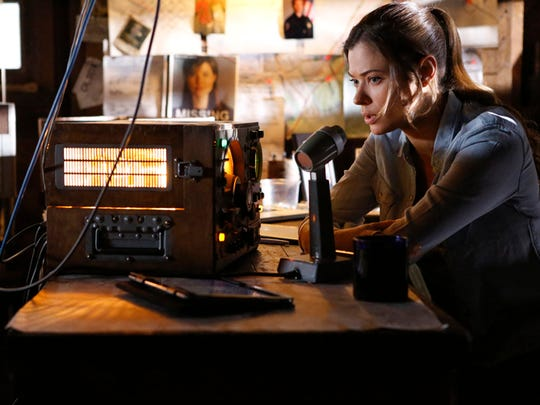 Peyton List stars in 'Frequency,' CW's remake of a