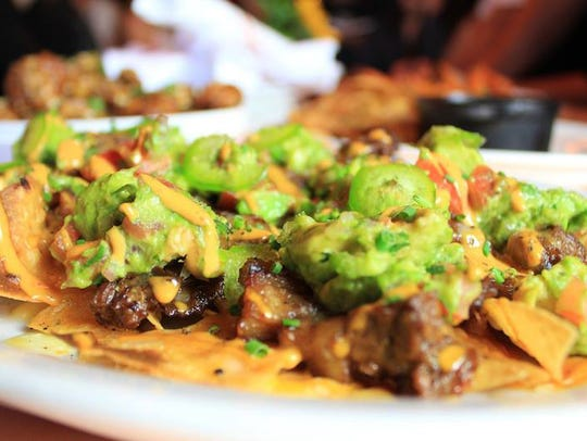 The appetizer of nachos at Bootleggers.