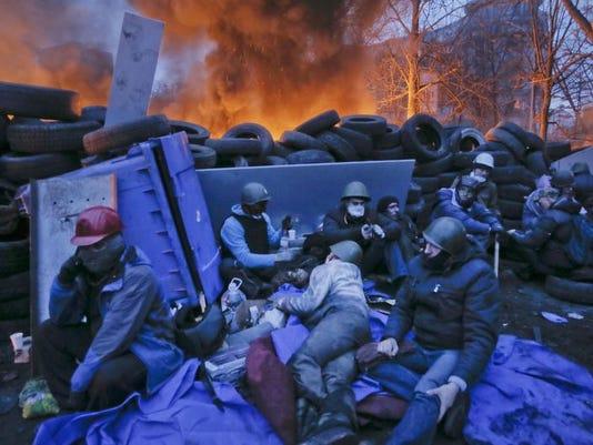 2014374984232-ukraineprotestxel131web780702.jpg20140220.jpg