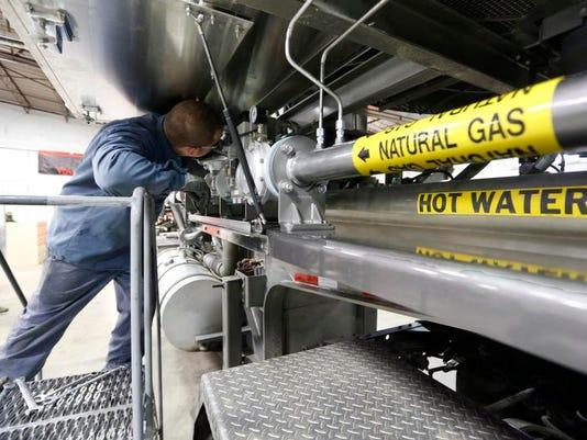 -frackingwithgaspaks201.jpg20130120.jpg