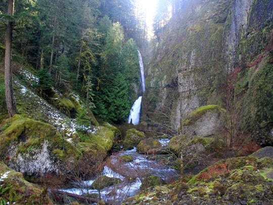 Wahclella Falls Trail follows a narrow canyon to some wonderful waterfalls.