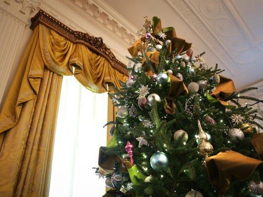 Michelle Obama Unveils White House Christmas Decor