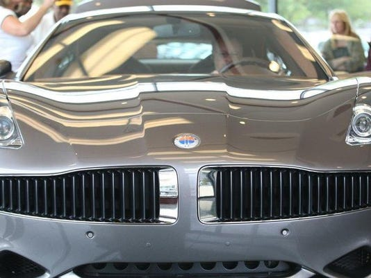 052210-fisker.arrives-sp54.jpg