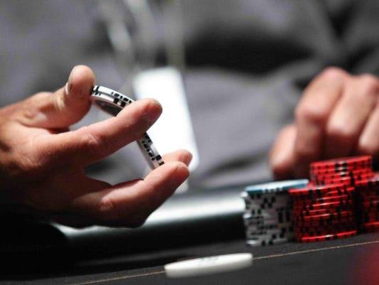 casinoemployee.jpg