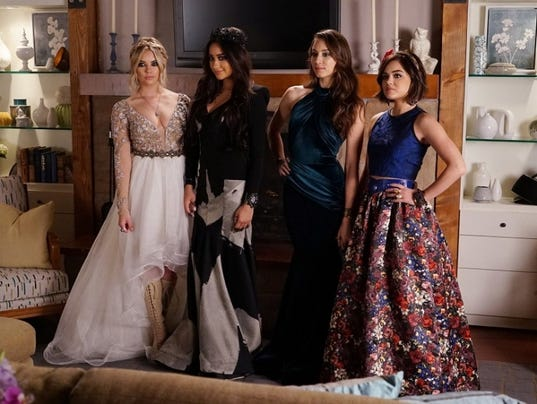 635798057149902175-pretty-little-liars