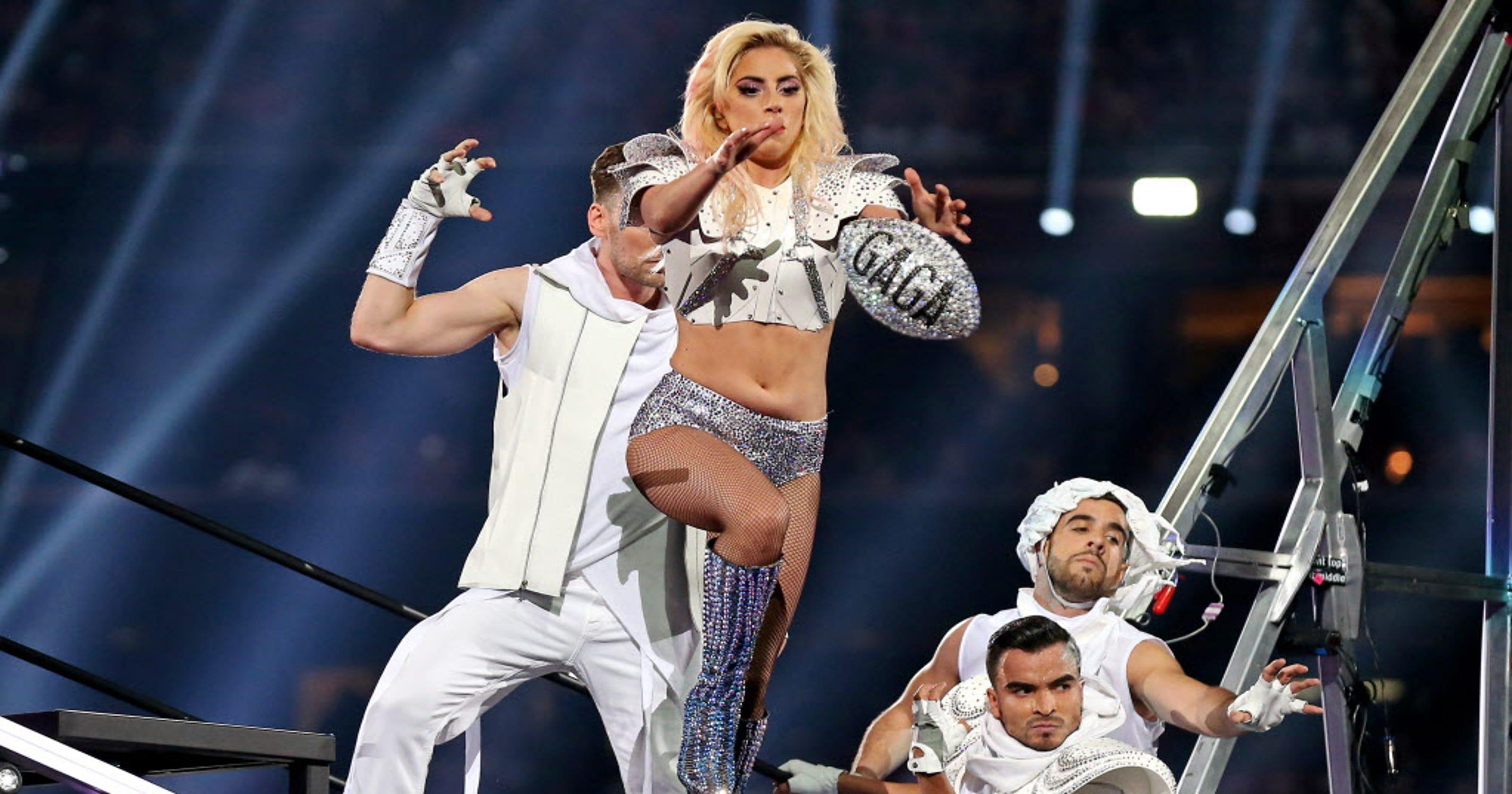 Best of Lady Gaga's Super Bowl LI halftime show