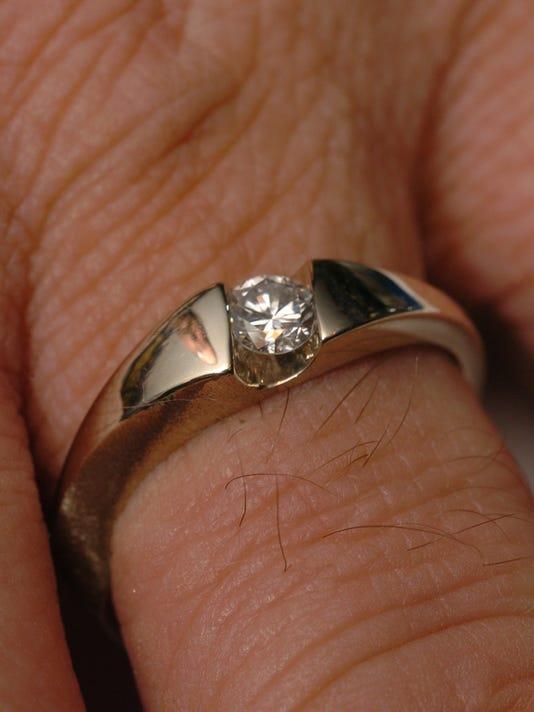 1_ring16.235858.jpg