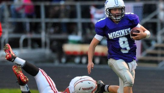 The Mosinee football team finished with a 6-4 record this fall in Paul Nievinski's final season as coach.